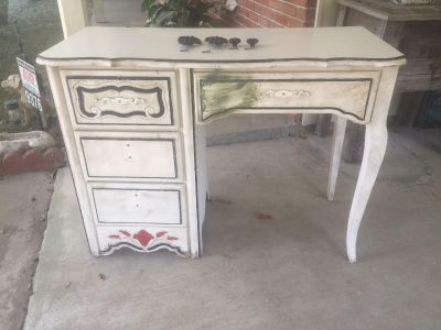 PROJECT French Desk