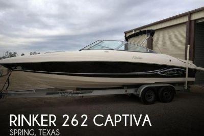2005 Rinker 262 Captiva