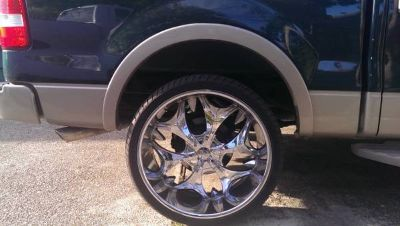 26s rims and tires (universal) GREAT CONDITION