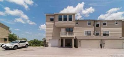 4401 River Valley Dr Corpus Christi Two BR, Beautiful townhouse
