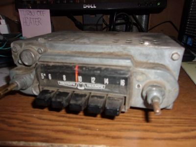 1964 Triumph Spitfire Original AM Radio, Faceplate and Speakers Bundle