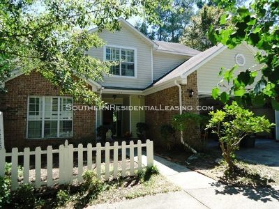 4 bedroom in Daphne
