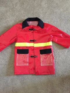 IMAGINARIUM FIREFIGHTER RAINCOAT SZ 6