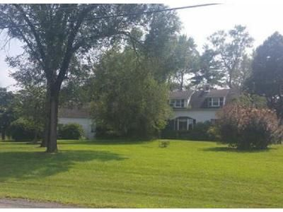 3 Bed 1.5 Bath Foreclosure Property in New Paltz, NY 12561 - Clearwater Rd