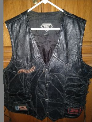 Mens XL motorcycle bikers vest