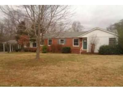 3 Bed 1.1 Bath Foreclosure Property in Benton, KY 42025 - W 13th St