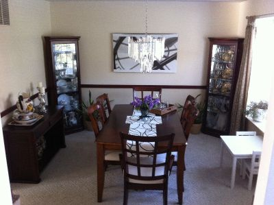 Solid wood dining room set 4 pc