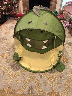 Dinosaur play pop up tent with air vents 72 x38 x 30