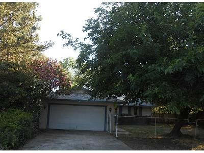 3 Bed 2 Bath Foreclosure Property in Redding, CA 96003 - Cascade Dr