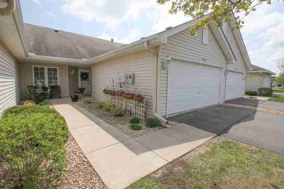 17263 Deerfield Drive SE PRIOR LAKE Two BR, Hard to find