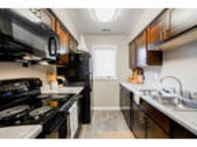 Northlake Village Apartments - Lake James | Lake Lemon