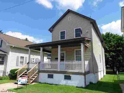 307 Franklin Street HOLLIDAYSBURG Three BR, Easy to enjoy this