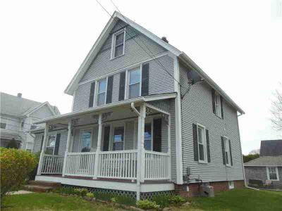 79 John ST WESTERLY, Be first! Don't miss this 3 - Four BR