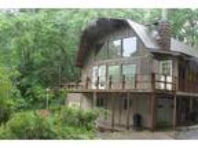 Unique Spacious Home in Franklin, NC