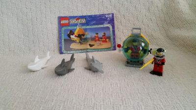 LEGO Town Divers SHARK ATTACK 6599 Rare, all pieces and instructions. No box
