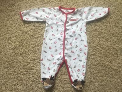 Adorable! Carters Christmas onesie, 9 months