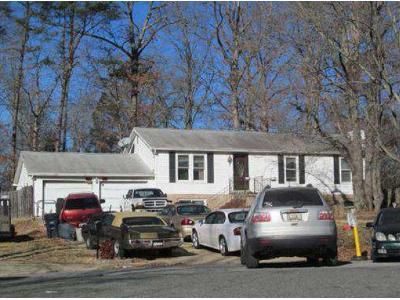 3 Bed 1 Bath Foreclosure Property in Brandywine, MD 20613 - Bredon Ct