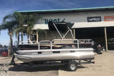 2019 Sun Tracker Bass Buggy 18 DLX 60CT