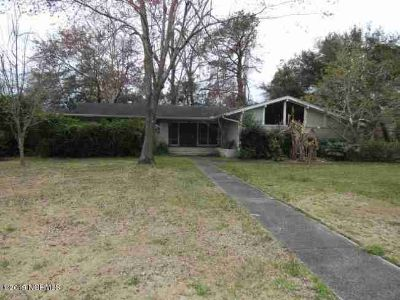 1810 Hawthorne Road Wilmington, Wonderful Investment