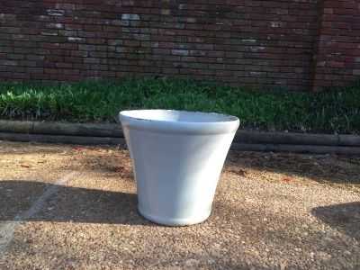 Plastic planter, has some paint chipping: $3