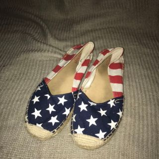 Red, White & Shoes