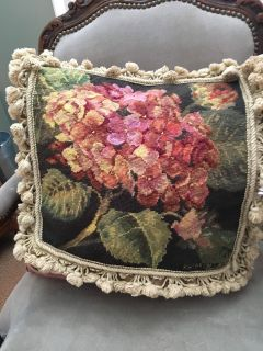 Needlepoint pillow cover