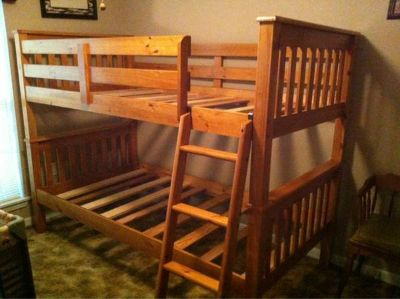 Bunk beds twin beds