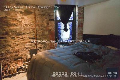 Chelsea- 2 BR  Brownstone, Private Patio, Spa Bath, & Fire Pit, & Designer Stones