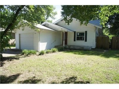 3 Bed 2 Bath Foreclosure Property in Mannford, OK 74044 - Greenbriar Cir
