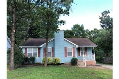 This home is charming from the start, but all it is missing is you. Pet OK!