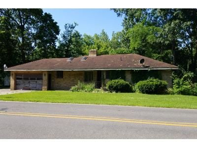 3 Bed 1 Bath Preforeclosure Property in Elkhart, IN 46516 - County Road 16