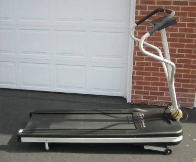"PRO-FORM CROSSWALK TREADMILL - 14"" Walking Belt"