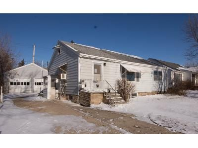 4 Bed 2 Bath Foreclosure Property in Rapid City, SD 57701 - Saint Charles St