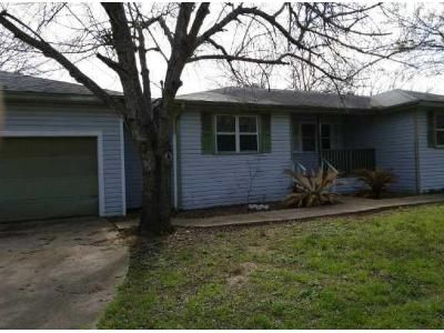 3 Bed 2 Bath Foreclosure Property in Holland, TX 76534 - Landfill Rd