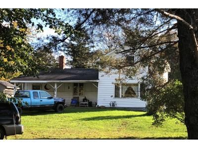3 Bed 1.0 Bath Preforeclosure Property in Orchard Park, NY 14127 - Seufert Rd