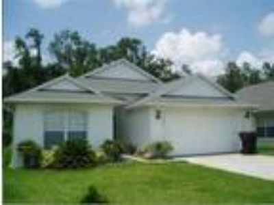 Comfortable vacation rental home in Eagle Point just minutes away from Disney