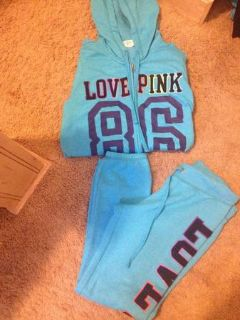 VS outfit.