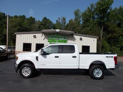 2018 Ford F250sd  XLT  Crew CA (White)