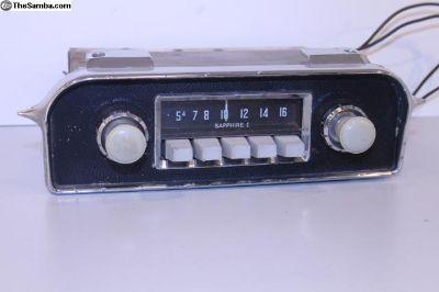 Type 3 Grey Knob Sapphire I 6V AM Radio