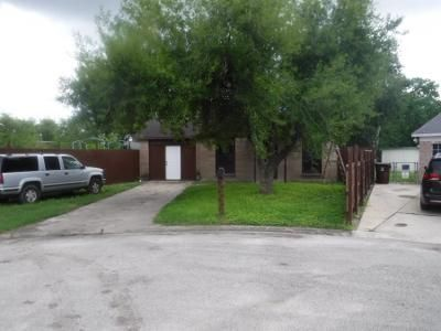 1.0 Bath Preforeclosure Property in Kingsville, TX 78363 - Gillette St