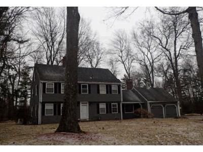 4 Bed 2.5 Bath Foreclosure Property in North Andover, MA 01845 - Old Village Ln