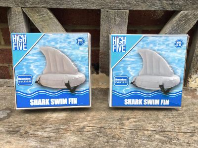 Shark Swim Fins, one NEW & the other work for 2 min for photo, $3/each or both for $4 **READ PICK-UP DETAILS BELOW