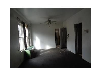 5 Bed 1 Bath Foreclosure Property in Chicago, IL 60636 - S Wood St