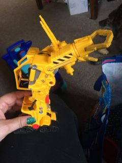 Tractor transformer toy