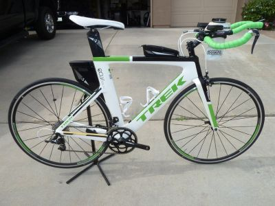 Trek Speed Concept 7.0 tri bike Lg frame