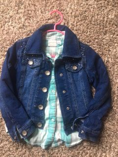 Girls size 5. Super cute Justice Jean Jacket & teal Jumping Beans flannel.