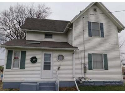 3 Bed 2 Bath Foreclosure Property in Delmar, IA 52037 - Main St