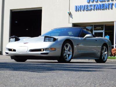 2004 Chevrolet Corvette Base (Machine Silver)