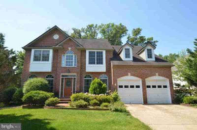 5465 Anne Ly Ln ALEXANDRIA Five BR, ABSOLUTELY STUNNING
