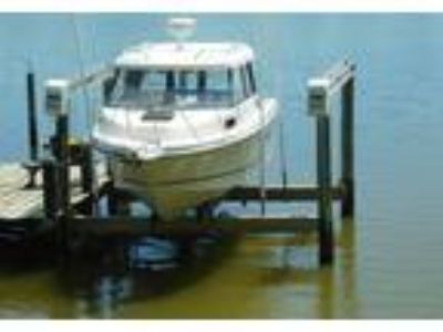 2002 Trophy 2359-WA-Pilothouse-Pro Power Boat in Gambrills, MD